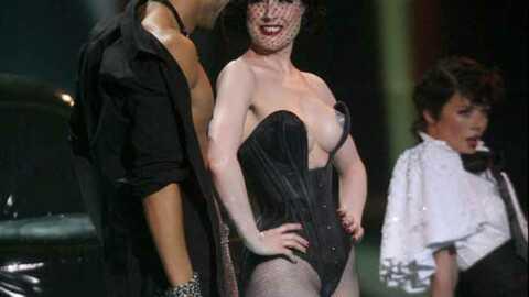 Dita Von Teese interdite de strip tease à l'Eurovision