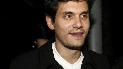 John Mayer demande à ses fans des baisers sur Twitter