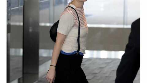 LOOK Drew Barrymore adorable dans un style juvénile