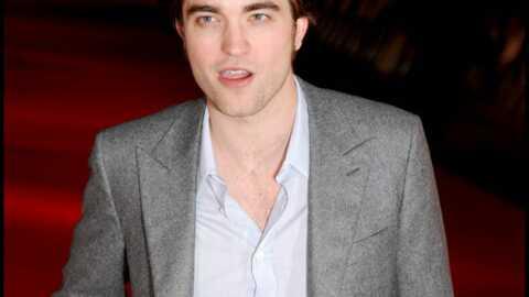 Robert Pattinson: sa guitare aux enchères