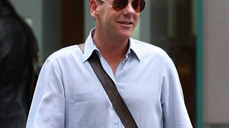 Kiefer Sutherland a arrêté de fumer en prison
