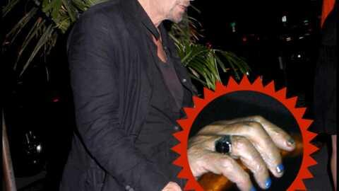 Al Pacino se vernit les ongles!