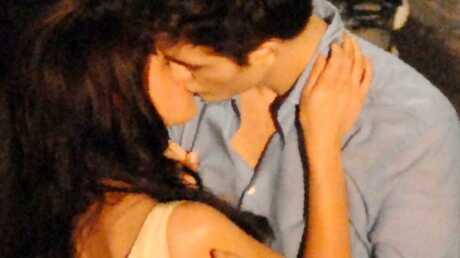 Robert Pattinson et Kristen Stewart: baiser volé