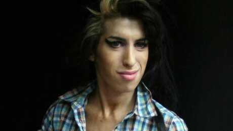 Amy Winehouse Grosse colère en plein concert