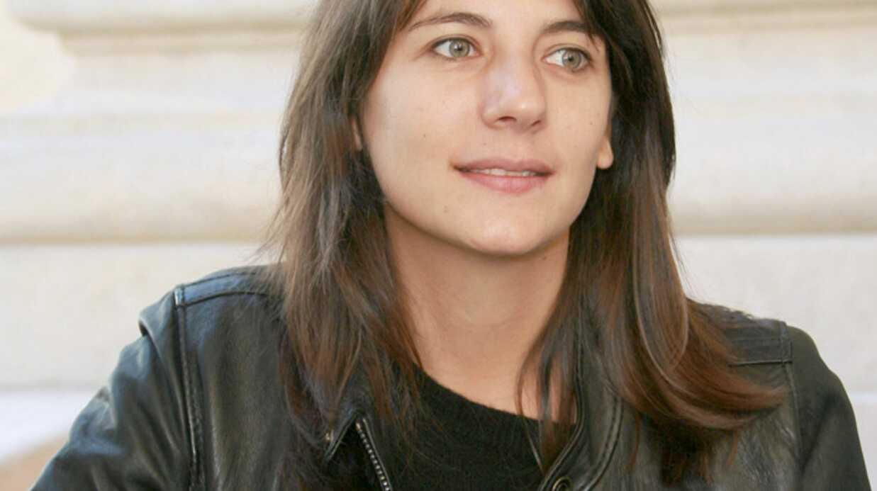 Estelle Denis Harcelée!