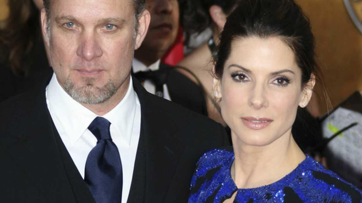 Sandra Bullock: son mari adultère s'excuse