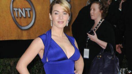 Kate Winslet ose le nu intégral pour Mario Testino
