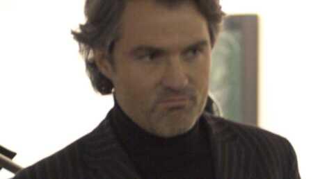 Le docteur Stéphane Delajoux répond aux attaques de Johnny