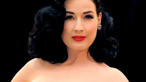 Dita Von Teese très sexy hot au Crazy Horse en février