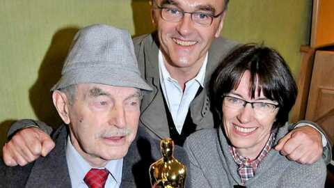 Slumdog Millionnaire: Danny Boyle fête ses Oscars en famille