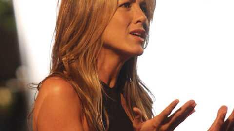 Jennifer Aniston aime les hommes un peu chien