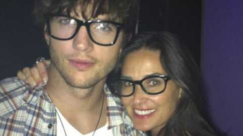 Ashton Kutcher dément avoir trompé Demi Moore