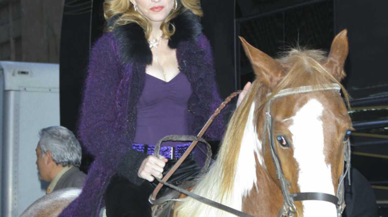 Madonna: sa chute de cheval ne serait pas due aux paparazzi