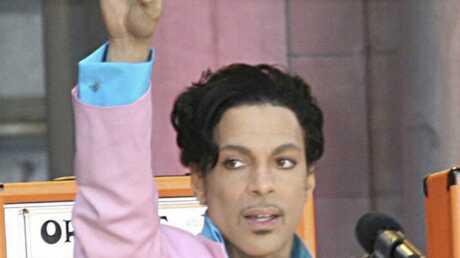 prince-en-concert-au-main-square-festival-d-arras