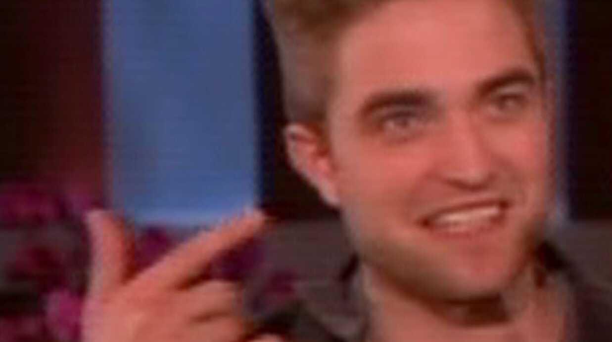 PHOTO Robert Pattinson a coupé ses cheveux
