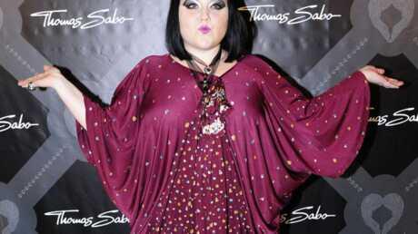 VIDEO Beth Ditto crée une ligne de vêtements XXXL