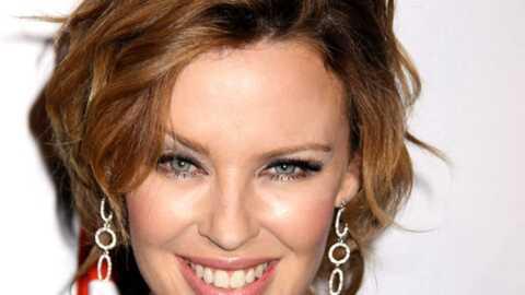 Kylie Minogue avoue aimer aussi les filles