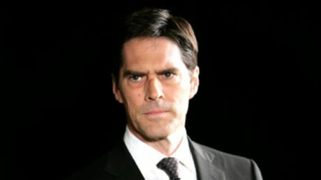 Esprits Criminels: Thomas Gibson (Hotchner) reste!
