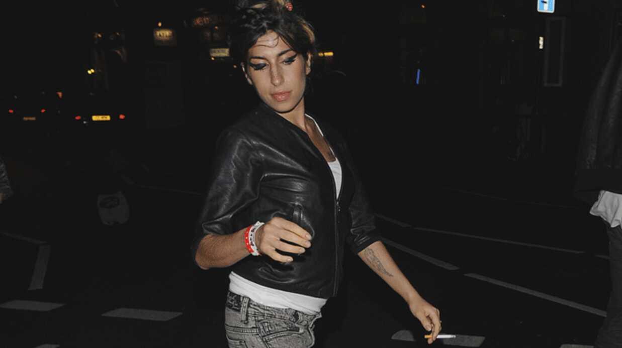 Amy Winehouse a frappé l'employé d'un théâtre