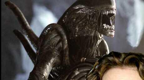 Sigourney Weaver travaille sur Alien 5 avec Ridley Scott