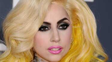 Gaga sur l'étiquette