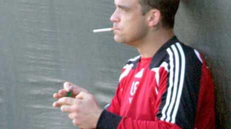 Robbie Williams forfait pour le match de bienfaisance qu'il organise