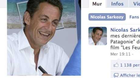 Nicolas Sarkozy met son profil à jour sur Facebook