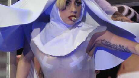 Lady Gaga répond à la plainte de son ex