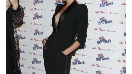 look-victoria-beckham-glamour-sans-soutien-gorge