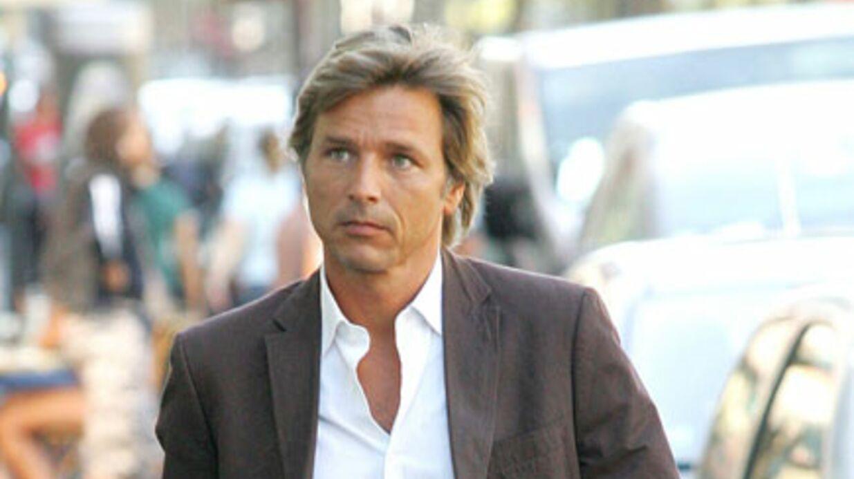 Guy Lagache zappe M6 pour Direct 8