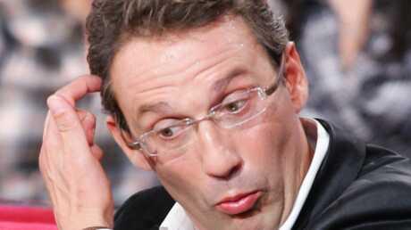 Julien Courbet appelle l'Élysée pour se plaindre de l'UMP
