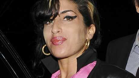 Amy Winehouse : inculpée pour agression