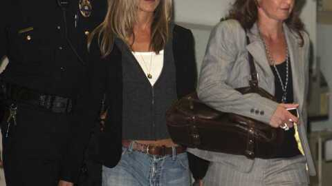 LOOK Jennifer Aniston: un jean qui fait mâle