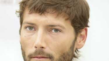 Laurent Kerusore (Thomas): agressé