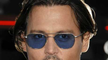 Johnny Depp laisse 4 000 dollars de pourboire à un serveur