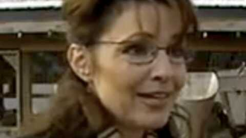 VIDEO – Une dinde broyée durant une interview de Sarah Palin
