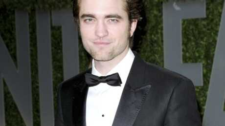 Robert Pattinson courtisé par Natalie Portman