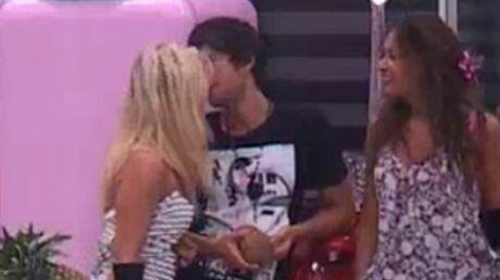 Secret Story 4: Stéphanie embrasse Robin