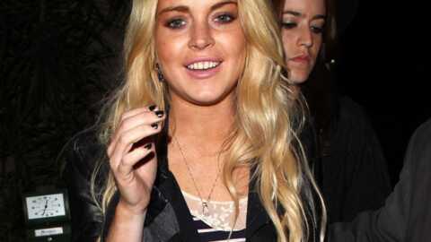 Lindsay Lohan a arrêté de boire mais continue de faire la fête