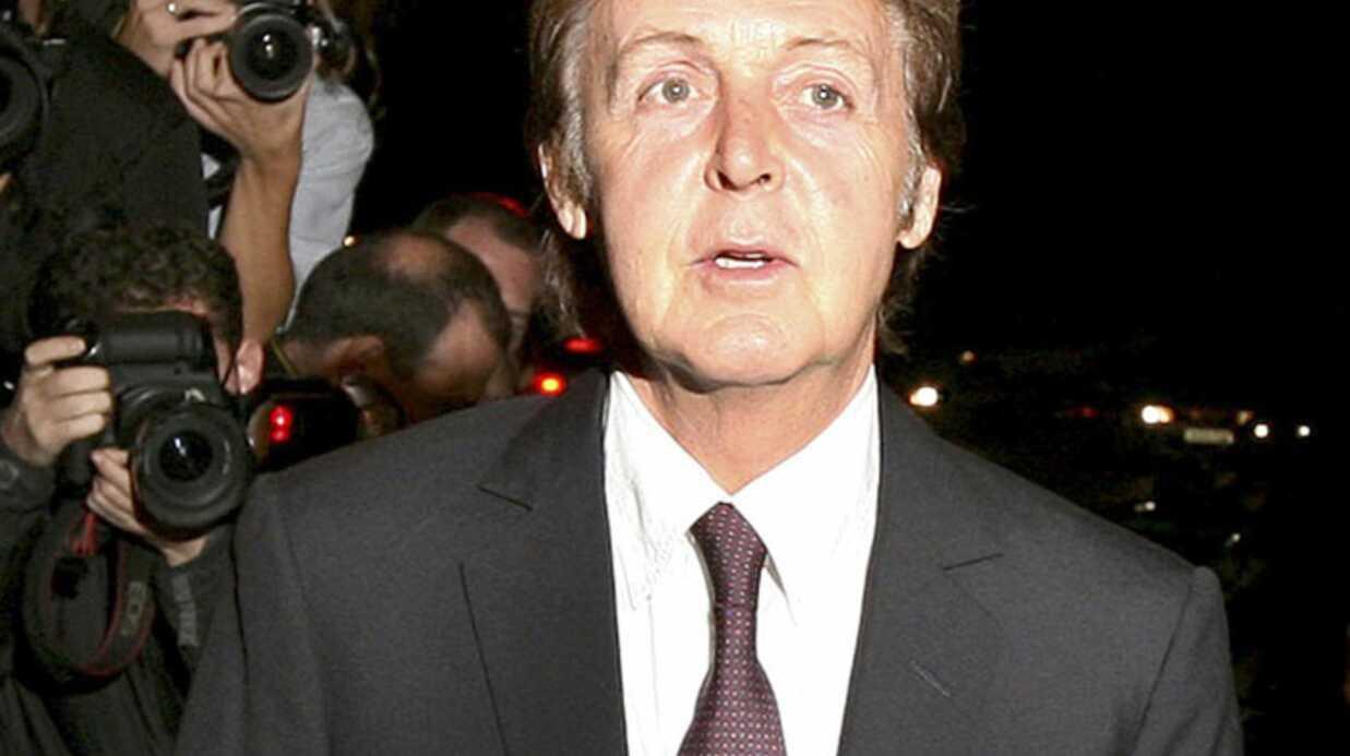 Paul McCartney répond à l'appel de Carla Bruni