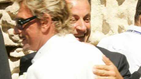 Nicolas Sarkozy impose Johnny Hallyday le 14 juillet