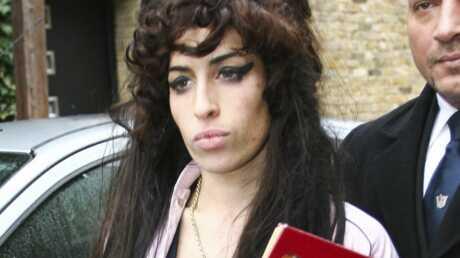 Amy Winehouse encore à l'hôpital
