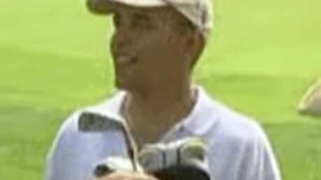 VIDEO Barack Obama joue au golf pendant ses vacances