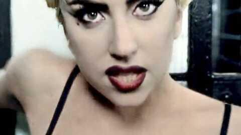 Lady Gaga pose nue sur Twitter