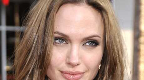 Angelina Jolie aurait couché avec le fiancé de sa mère