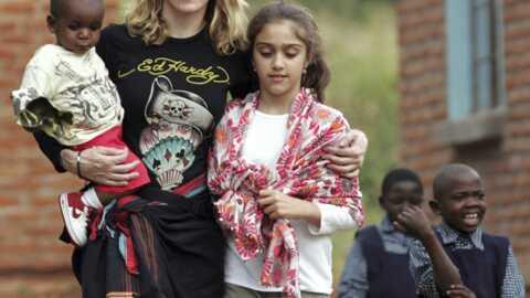 Madonna construit une école au Malawi