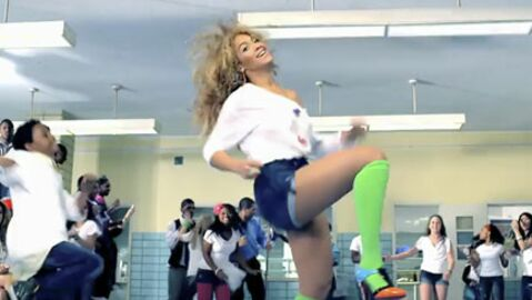 VIDEO Beyoncé en guerre contre le gras