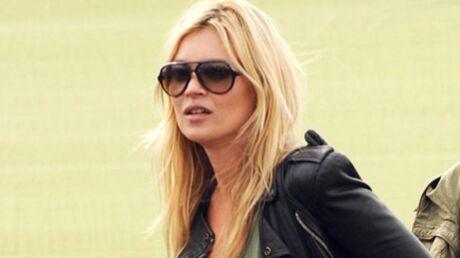 Kate Moss perd sa bague de fiançailles