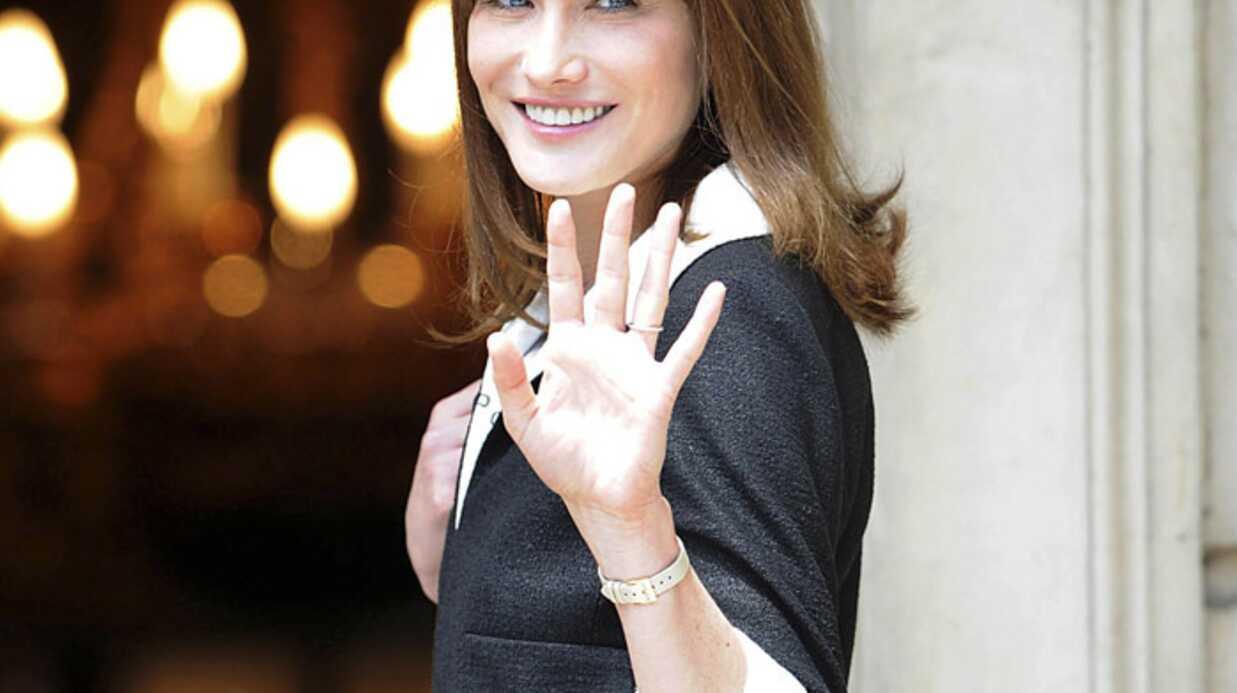 Carla Bruni-Sarkozy: une photo nue aux enchères