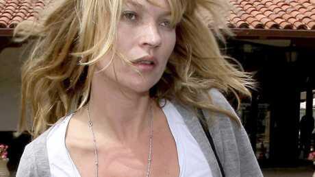 Une statue en or de Kate Moss